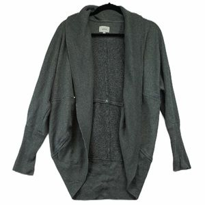 Aritizia Wilfred L grey yoga cardigan